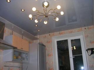 i_glyantsevye-natyazhnye-potolki_2