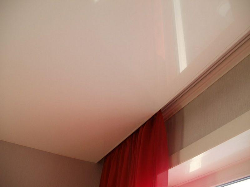 потолочный карниз на натяжной потолок фото белый госпиталя